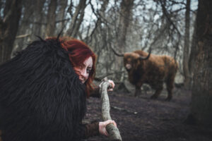 ontwaak wilde weten ondernemer kayleigh smith online business wild nature stier redhead wild woman